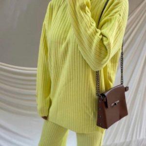 Купить желтый женский прогулочный костюм рубчик по скидке