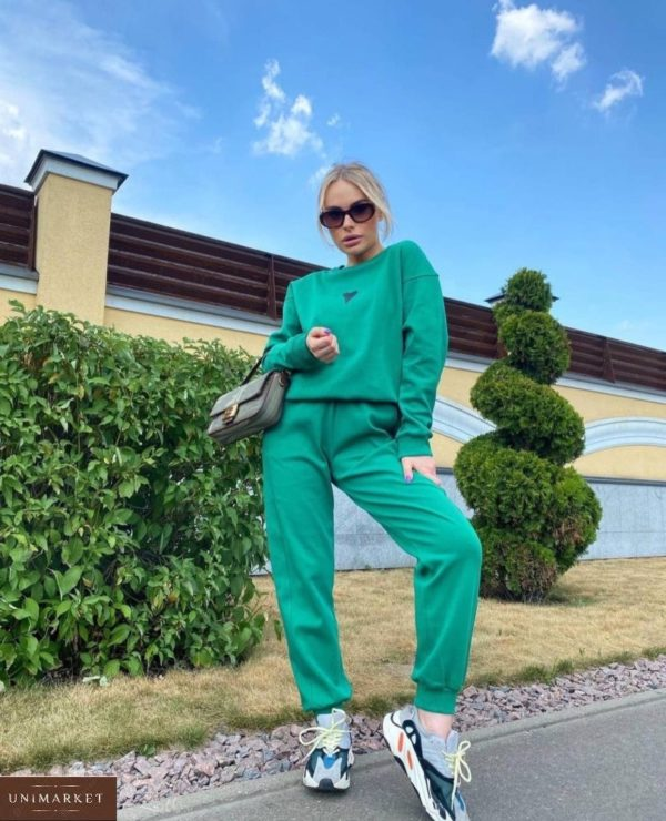Заказать зеленый женский спортивный костюм на флисе с сердцем в Украине