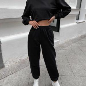 Замовити чорний жіночий однотонний спортивний костюм з капюшоном недорого