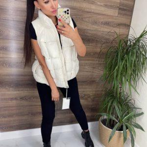 Купить по скидке женскую куртку-жилетку трансформер белую